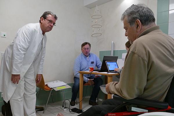 Ärzteteam-Interdisziplinäre-Visite-Pflegeheim-2